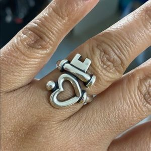 James Avery ring size 8.5